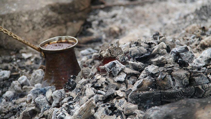 Come si preparava il caffè prima della moka?