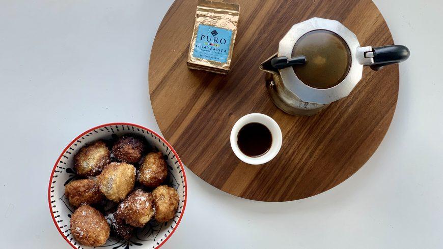 Frittelle di riso di San Giuseppe al caffè